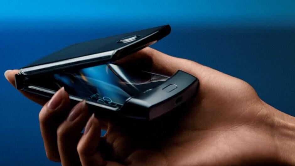 Motorola Razr's Retro mode will take users back in time