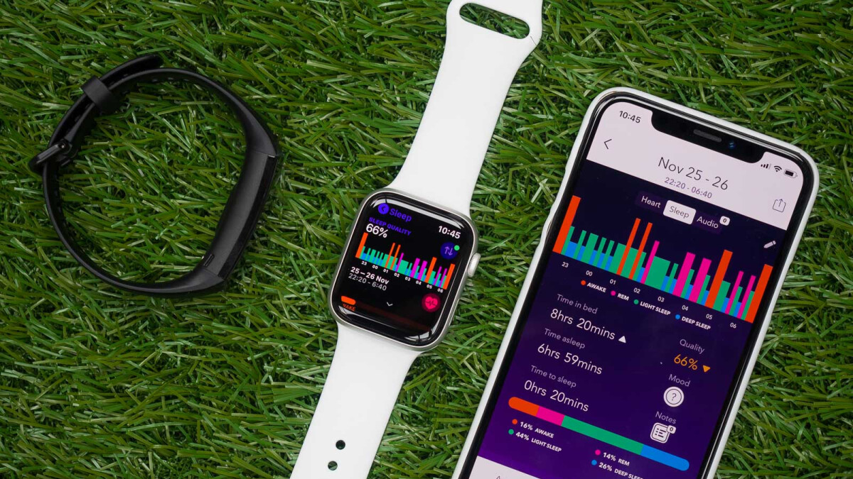 Do the Apple Watch sleep tracking apps beat a $40 fitness bracelet?