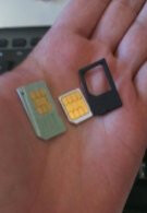 Orange will be offering free micro SIM adapters with the purchase of an iPhone 4