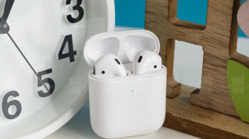 Report suggests AirPods might come free with 2020 iPhones