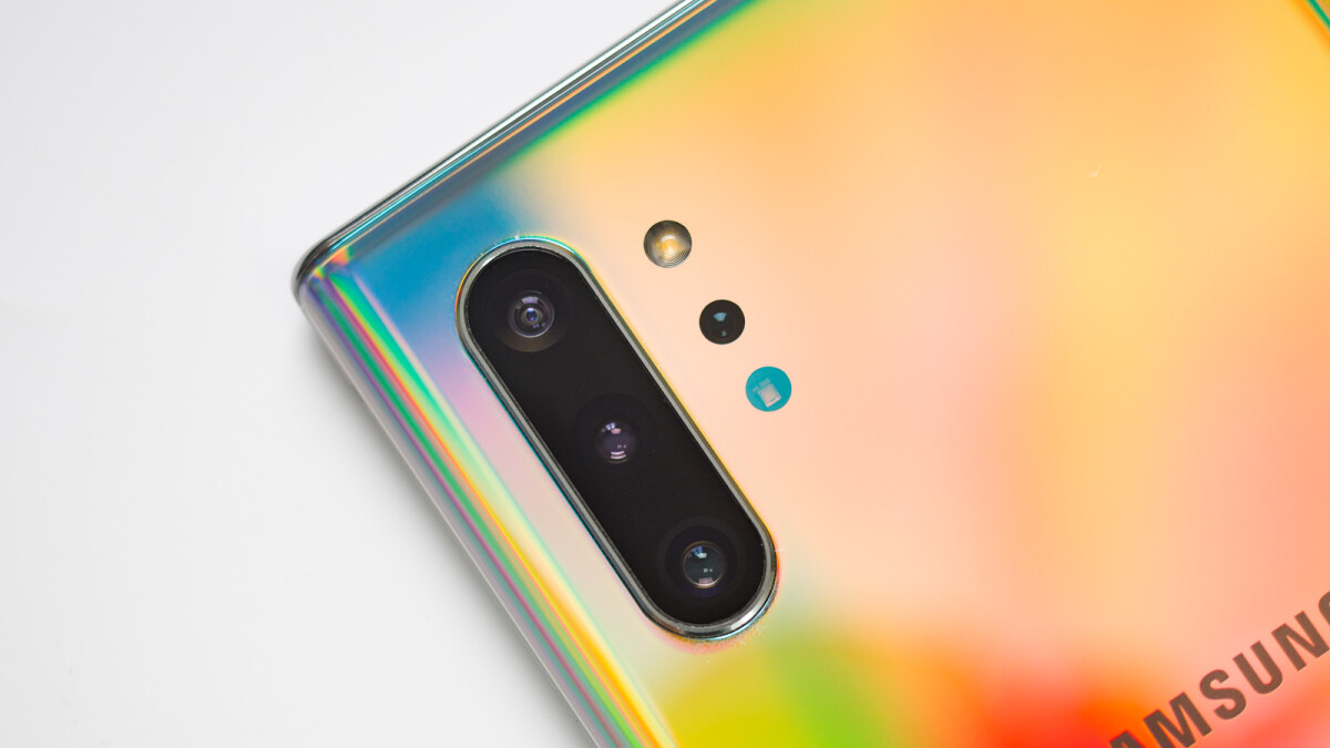 The Galaxy Note 10 Lite could have a square camera 'like the iPhone 11'