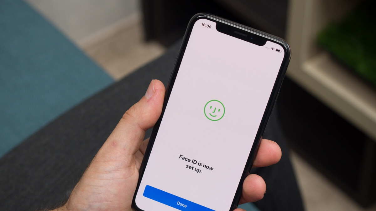 Apple's iPhone X goes down to unbeatable prices in 64 and 256GB variants on eBay