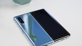 Update: Nope, Samsung exec misspoke, company did not really sell 1 million Galaxy Folds