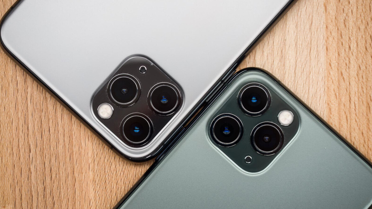 Apple to support third-party camera accessories for the iPhone through its MFi program