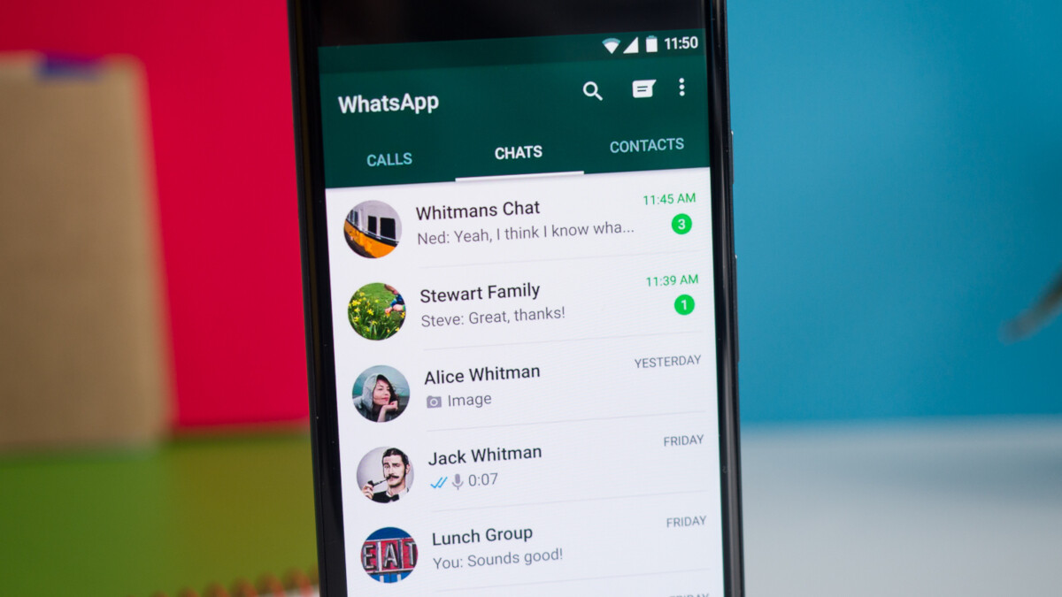 Android, iOS versions of WhatsApp close to adding Dark Mode
