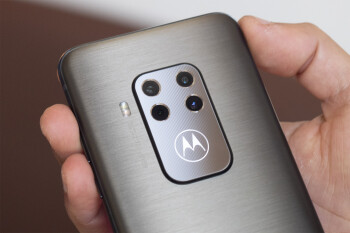 Deal: The mid-range Motorola One Zoom is now cheaper than ever
