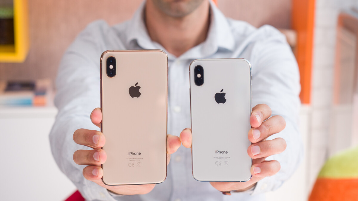 Apple adds two iPhones to its refurbished program