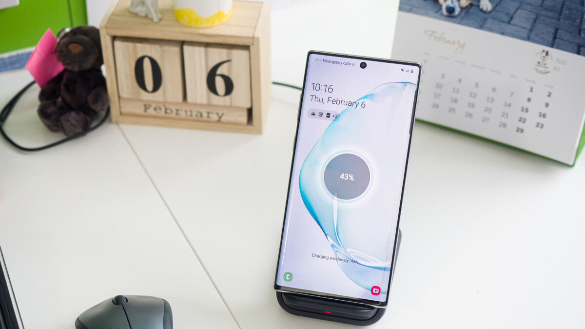 Samsung's best wireless charger: Wireless Charger Stand 15 W review