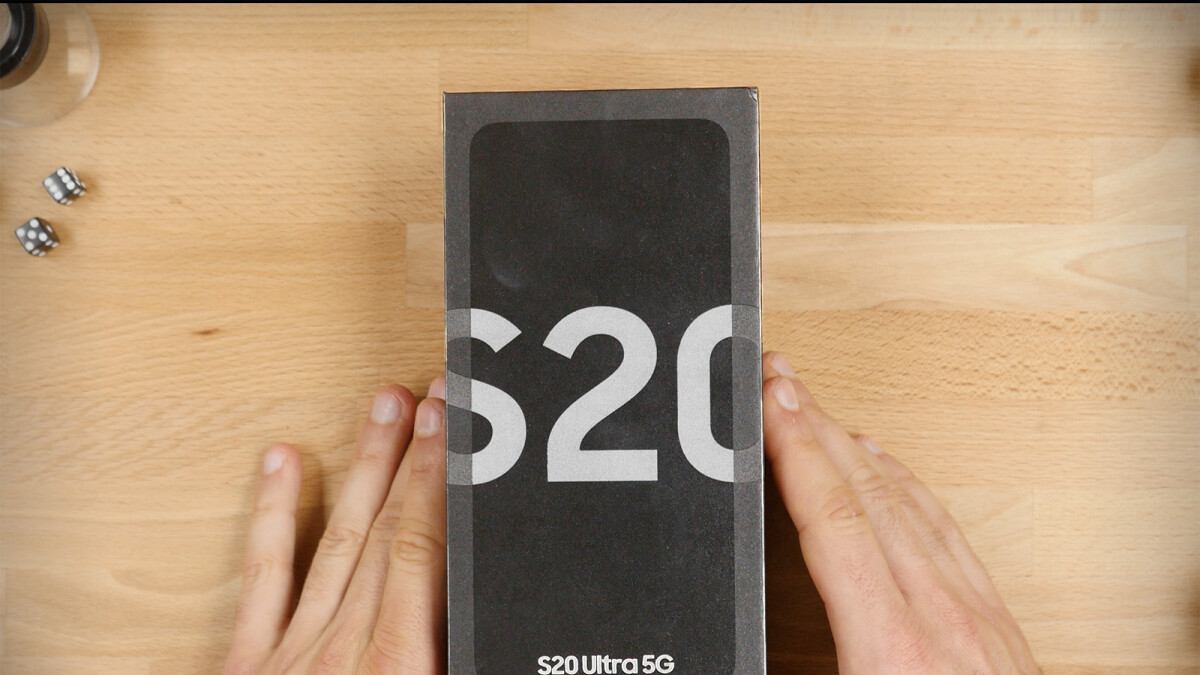 Samsung Galaxy S20 Ultra Unboxing
