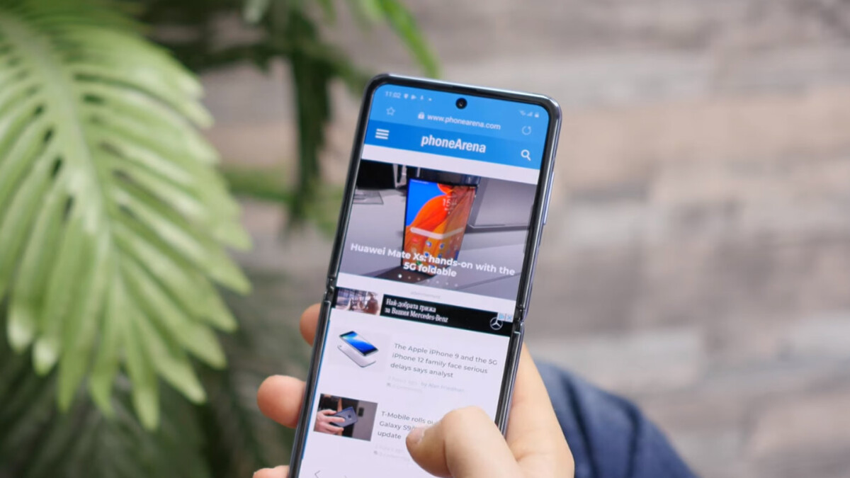Samsung says the unlocked Galaxy Z Flip will be back in stock tomorrow