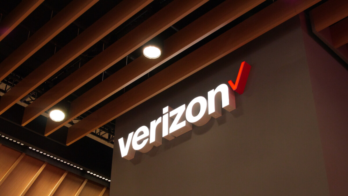 Verizon confirms it will carry Motorola's 5G-enabled flagship