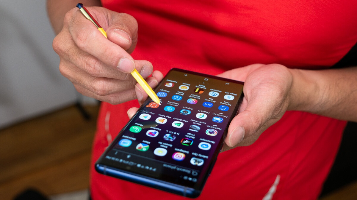 Samsung's Galaxy Note 9 is now upgraded to Android 10 on all big four US carriers