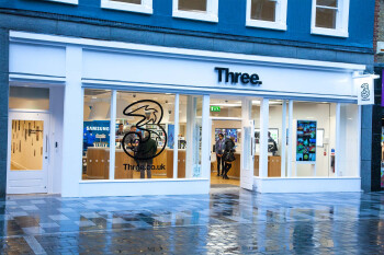 Three UK CEO Dave Dyson steps down after nine years