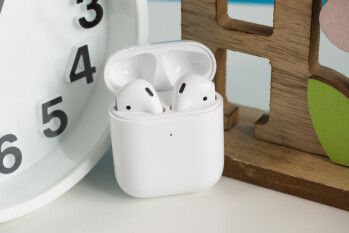 Despite COVID-19, Apple still expects to ship 90 million AirPods this year for a 50% hike