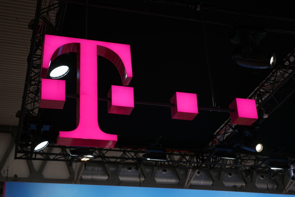 T Mobile Ramps Up Its Fight Against The Spread Of Coronavirus By