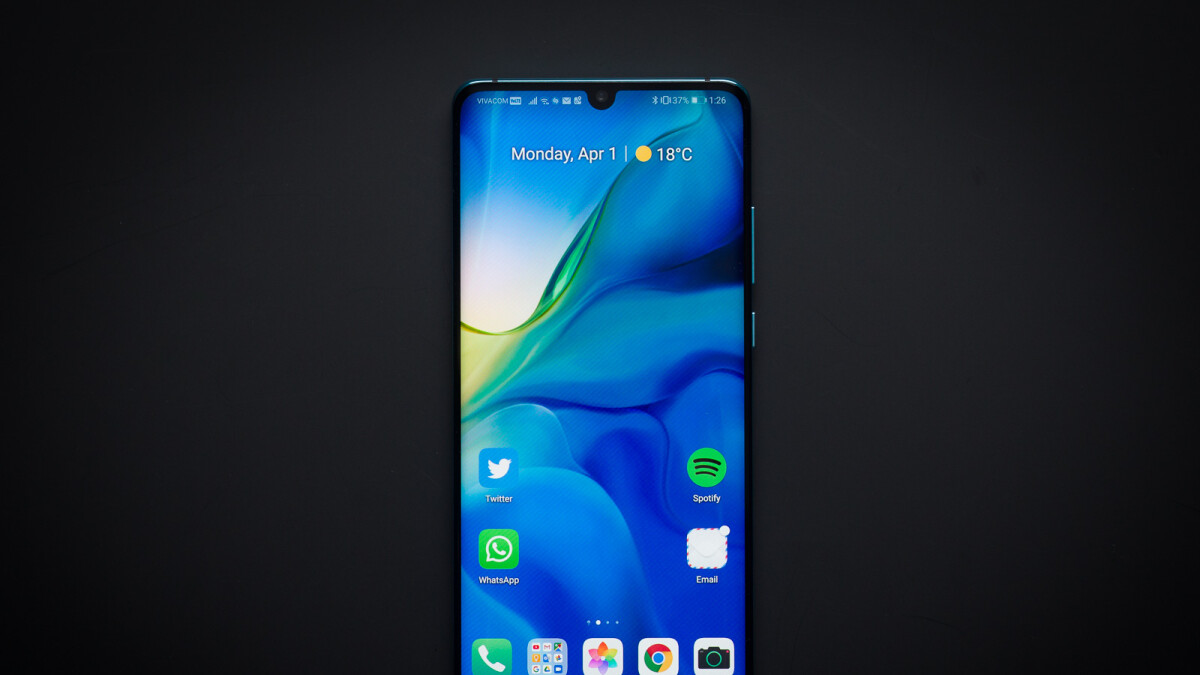The Huawei P30 Pro is just £449 at GiffGaff in 'Like New' condition