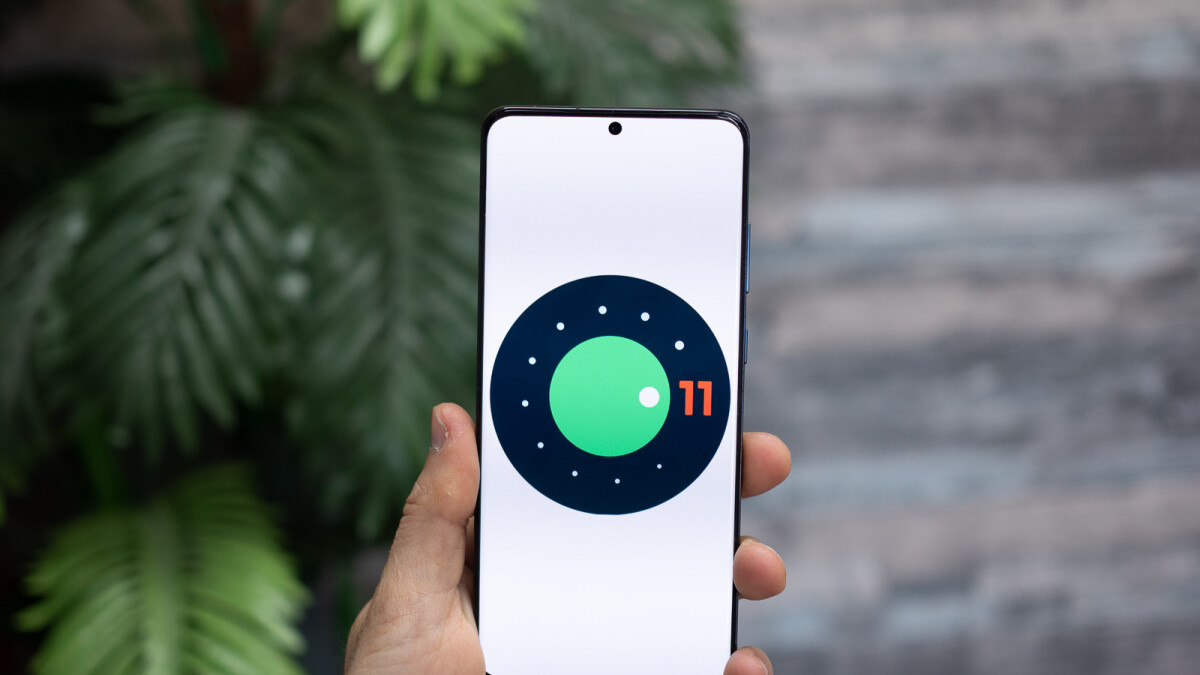 Android 11 to offer more permission control for microphone and camera access