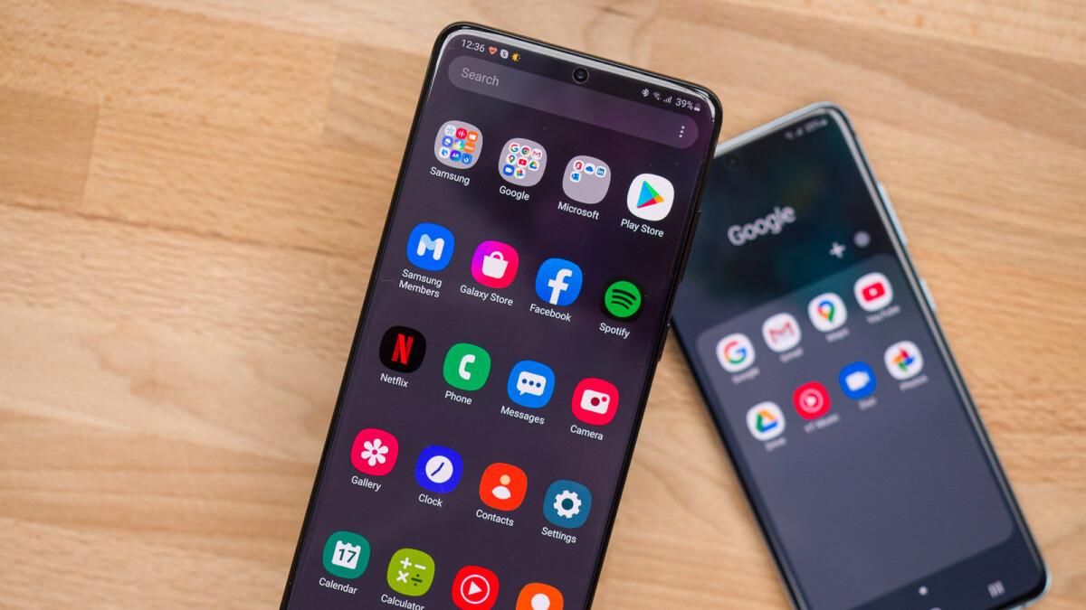 Deal: Buy the Samsung Galaxy S20+ 5G, get free AKG headphones ($300 value)