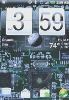 Android live wallpaper shows off a handset's circuit board