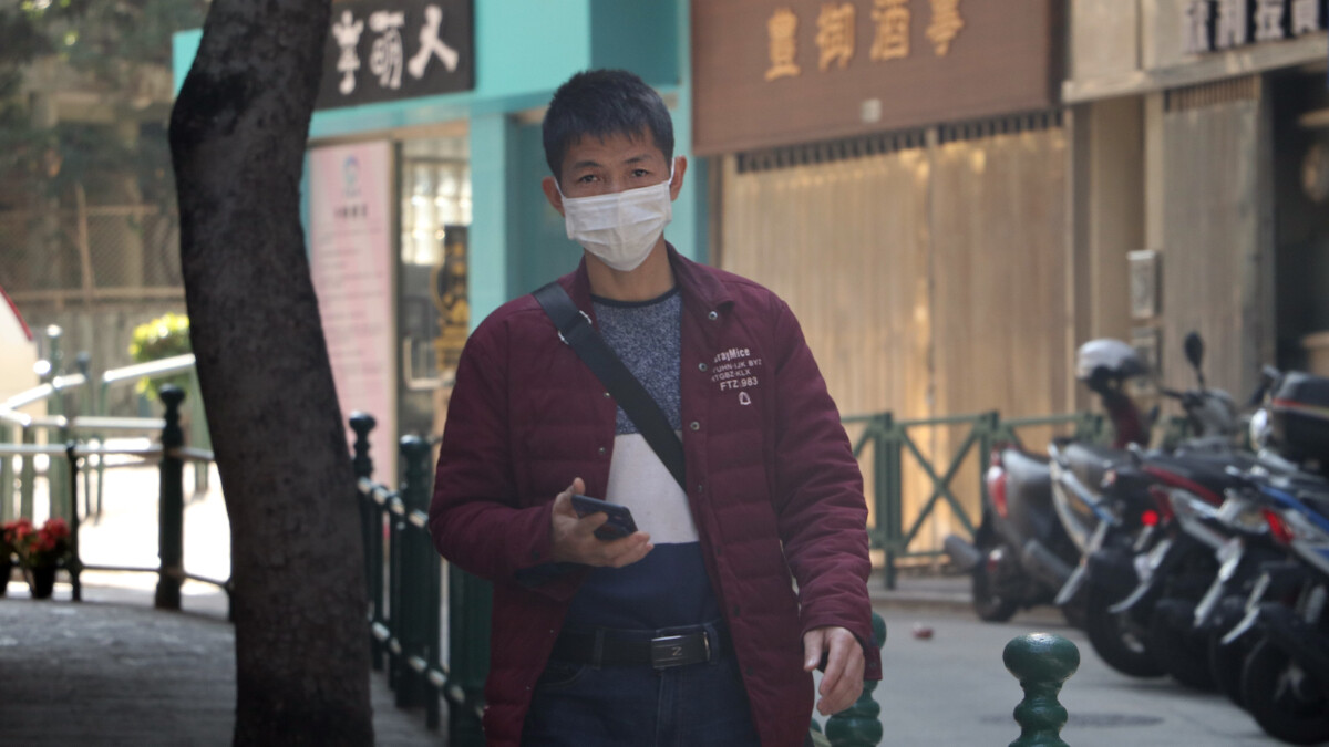 Apple's new COVID-19 app will screen you and teach you how to lessen the odds of getting sick