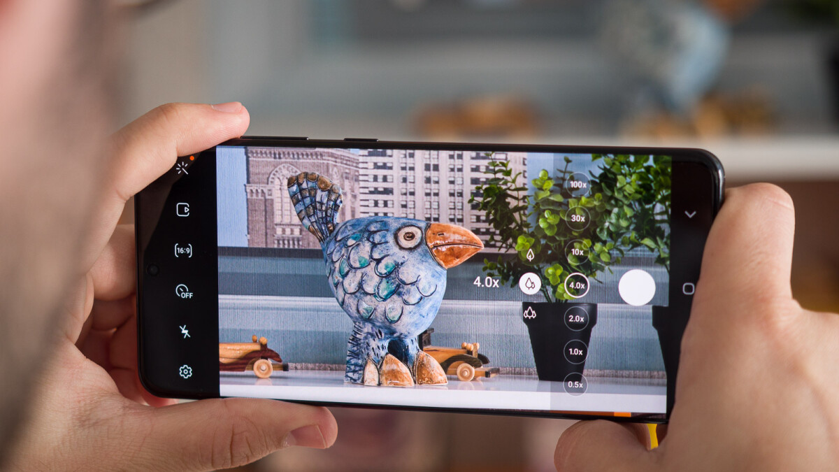 Software updates can't solve all Galaxy S20 Ultra camera focusing issues, tips Samsung
