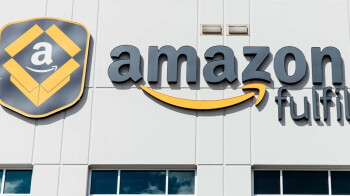 Amazon extends hourly wage bump for warehouse workers in light of the coronavirus