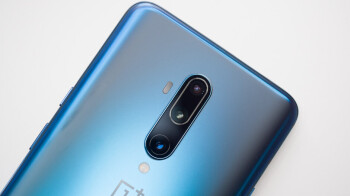 Update to OnePlus 8 5G series includes green-tint fix, camera and connectivity improvements