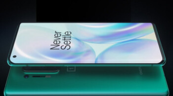 Some OnePlus 8 Pro 5G screens reportedly have a hardware issue