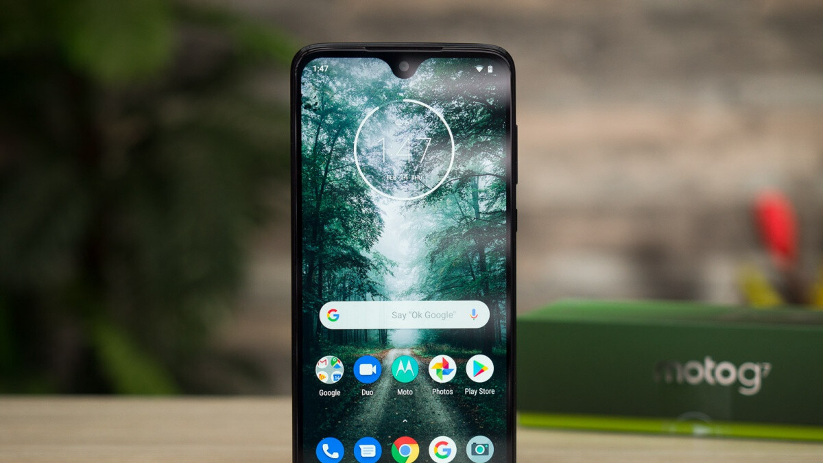 Motorola timidly starts updating the Moto G7 and G7 Power to Android 10