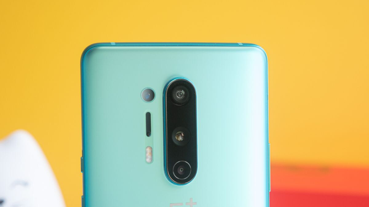 The most unique (and controversial) thing about the OnePlus 8 Pro 5G is temporarily disabled