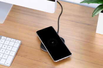 Upgrade your work desk with these sub-$10 wireless charger deals