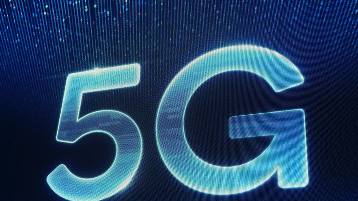Verizon and T-Mobile are simultaneously the world's best and worst 'leading' 5G operators