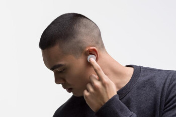 Microsoft is investigating Surface Earbuds' hissing/stuttering issue