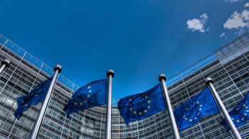 EU wants to have Google, Facebook and Twitter report monthly on their actions against fake news