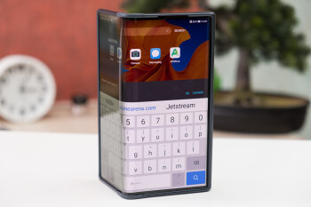 Upcoming folding phones from Huawei and Xiaomi will reportedly use ultra thin glass