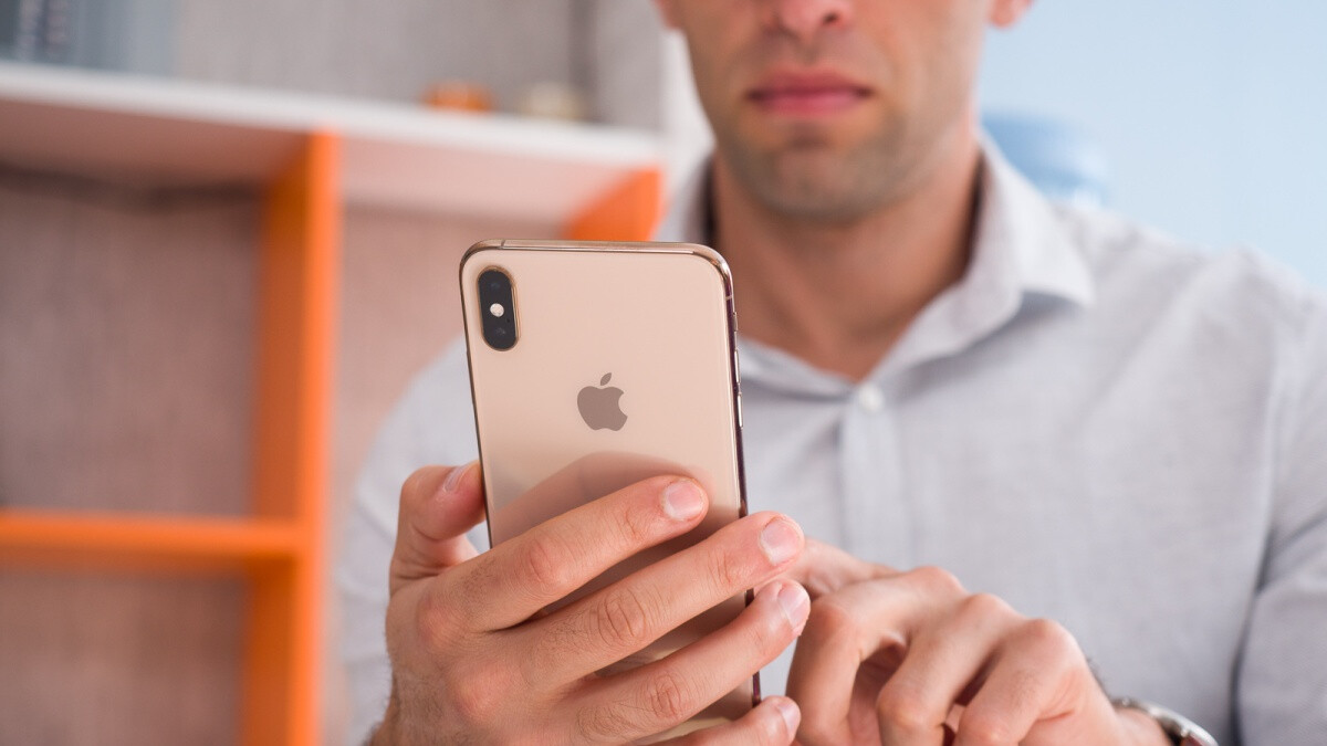 Apple's 512GB iPhone XS Max is on sale at a great price with a full warranty included