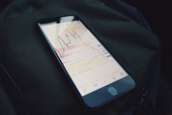 Apples-mobility-data-helps-oil-traders-spill-red-ink.jpg