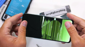 Durability test reveals one big reason why the OnePlus Nord 5G is so cheap (video)