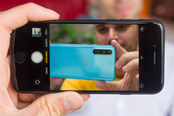 OnePlus Nord vs iPhone SE (2020): camera comparison