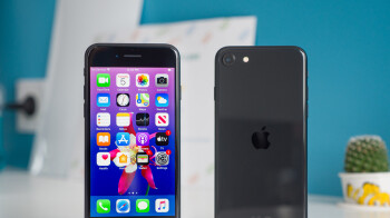 Apple's iPhone accounted for almost half of US smartphone shipments in Q2