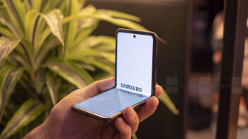 Non-flagship foldable phone from Samsung could be here before the year ends