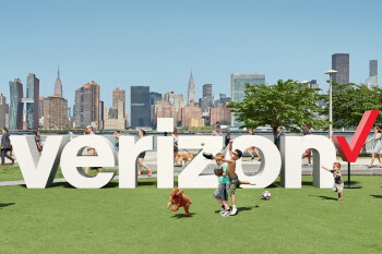 Verizon's new transaction widens its lead over T-Mobile