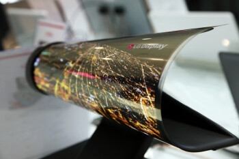 LG will launch a rollable display phone in March 2021, according to leaks