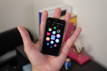 Palm Holiday Sale goes live with massive discounts on Palm Phone and bundles