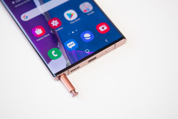 Some Galaxy S20 Ultra and Note 20 Ultra users experience issues with wireless charging after software update