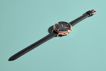 Fossil launches new women's Hybrid Smartwatch HR Mini