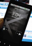 Fool your friends, family and neighbors with the DROID X Android 2.2 lock screen