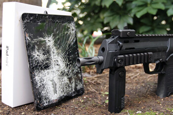 Guns-for-iPads-Apple-Security-Chief-in-police-bribery-allegation-over-concealed-carry-permits.jpg