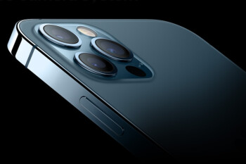 Apple won't upgrade the camera lenses on its handsets until the iPhone 15 says top analyst