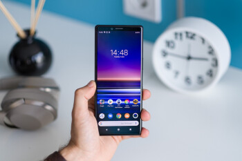 Android 11 is now rolling out to the OG Sony Xperia 1 and Xperia 5